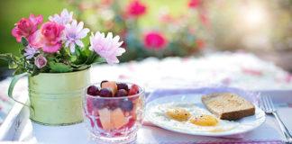 Jak przygotować stół na wielkanocne śniadanie?
